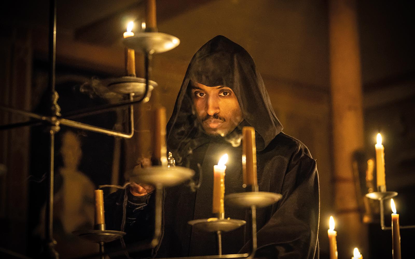 Candles-lit-Edward II-whatson-standardimage