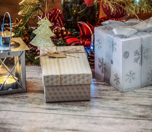 7 Christmas Gifts for the House Proud Person