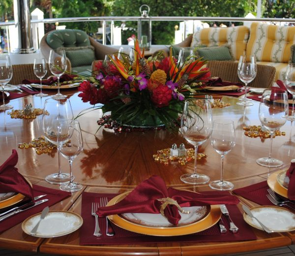 How to Plan and Execute the Perfect Dinner Party