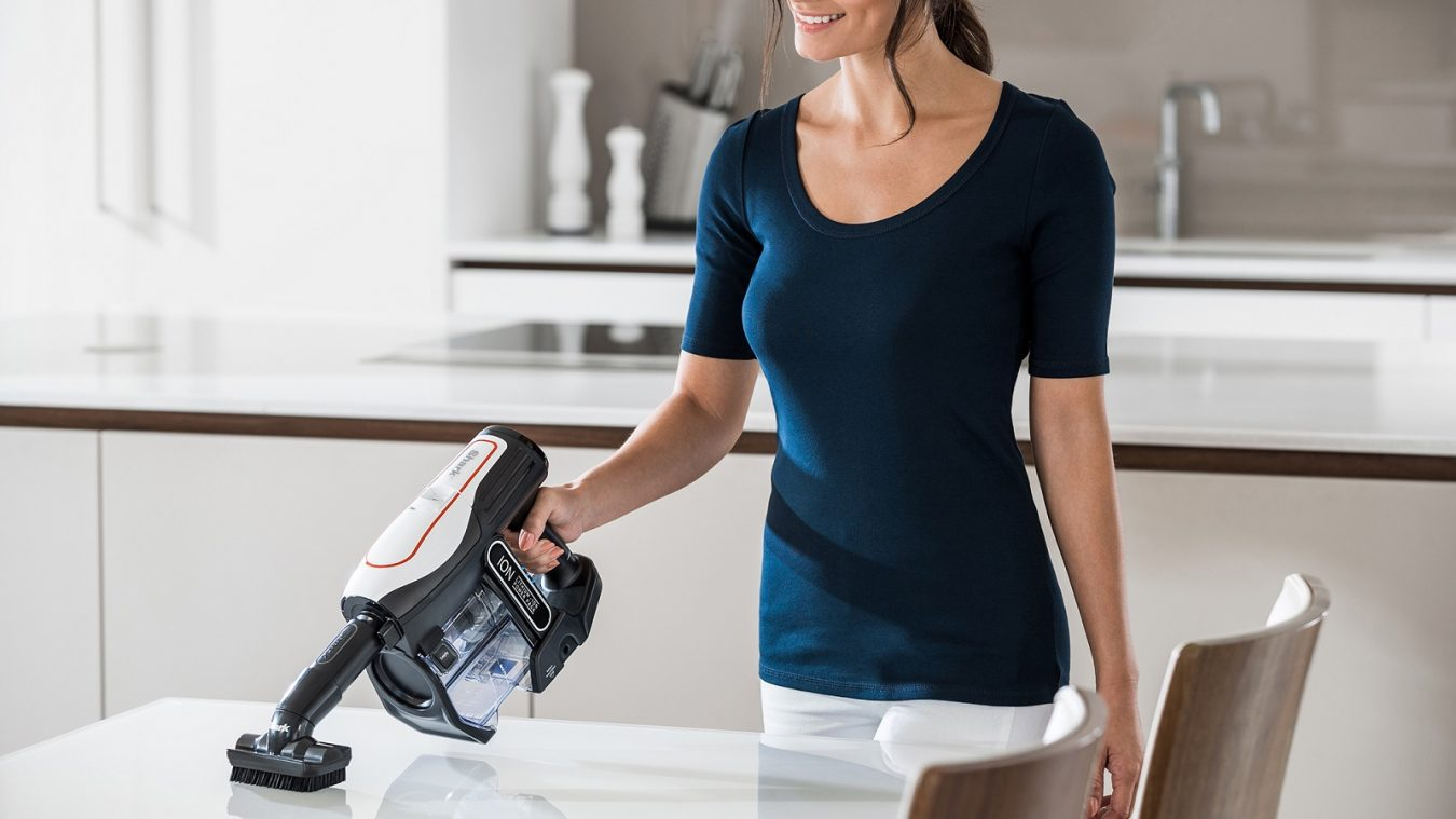 Hand Held Cleaning with the Shark Cordless Vacuum Cleaner