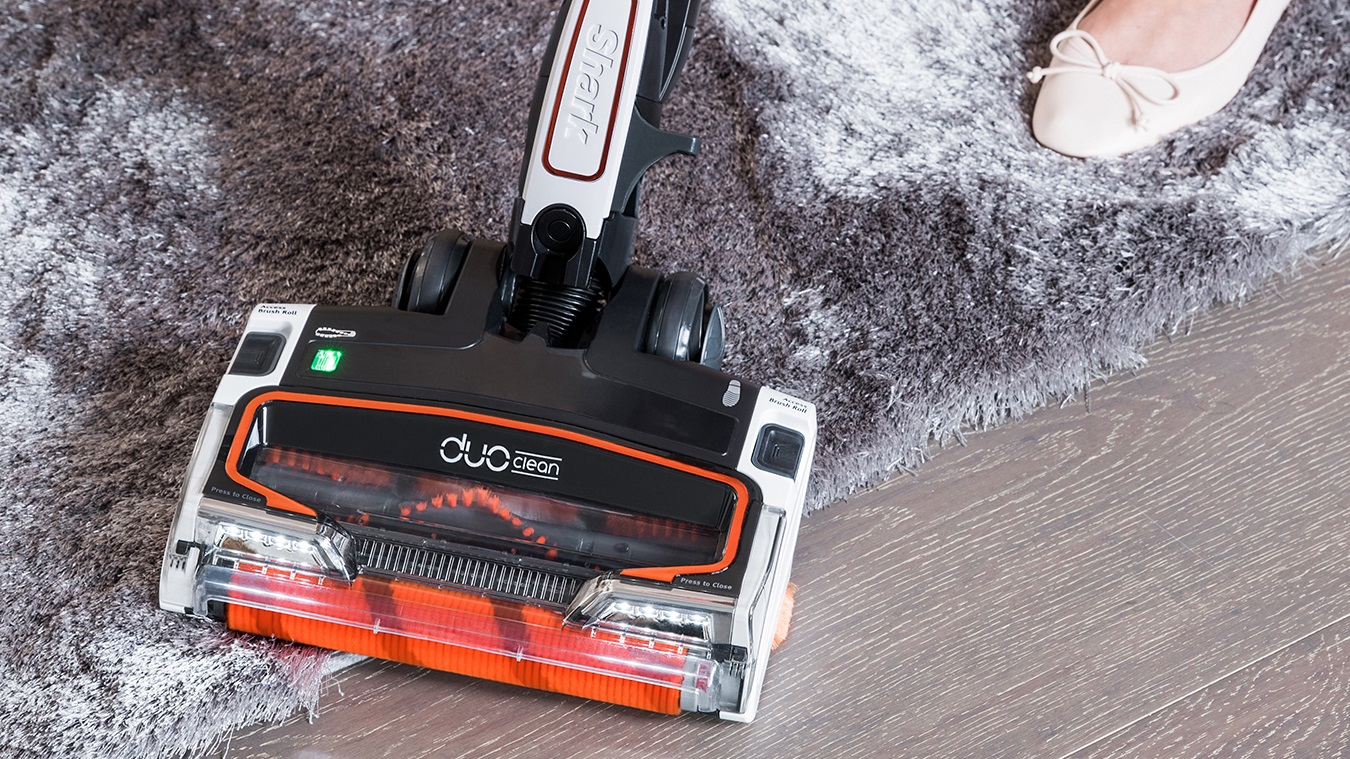 Carpet & Hard Floor Cleaning with the Shark Cordless Vacuum Cleaner