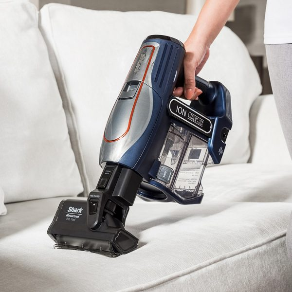 Pet Hair Cleaning with the Shark DuoClean Cordless Vacuum Cleaner IF250UKT