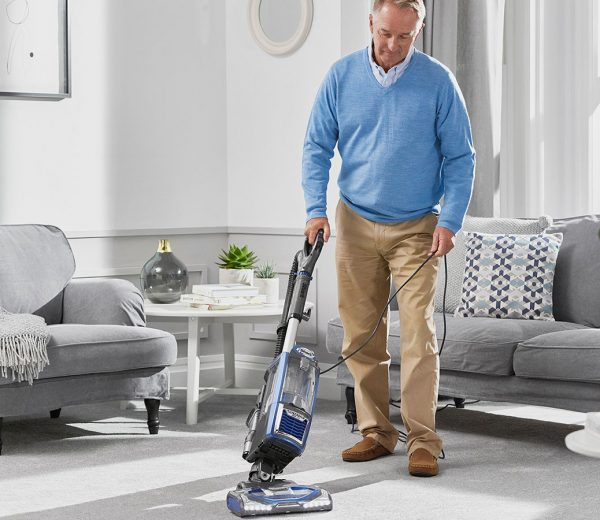 Is There a Way to Clean a Carpet Without a Machine?