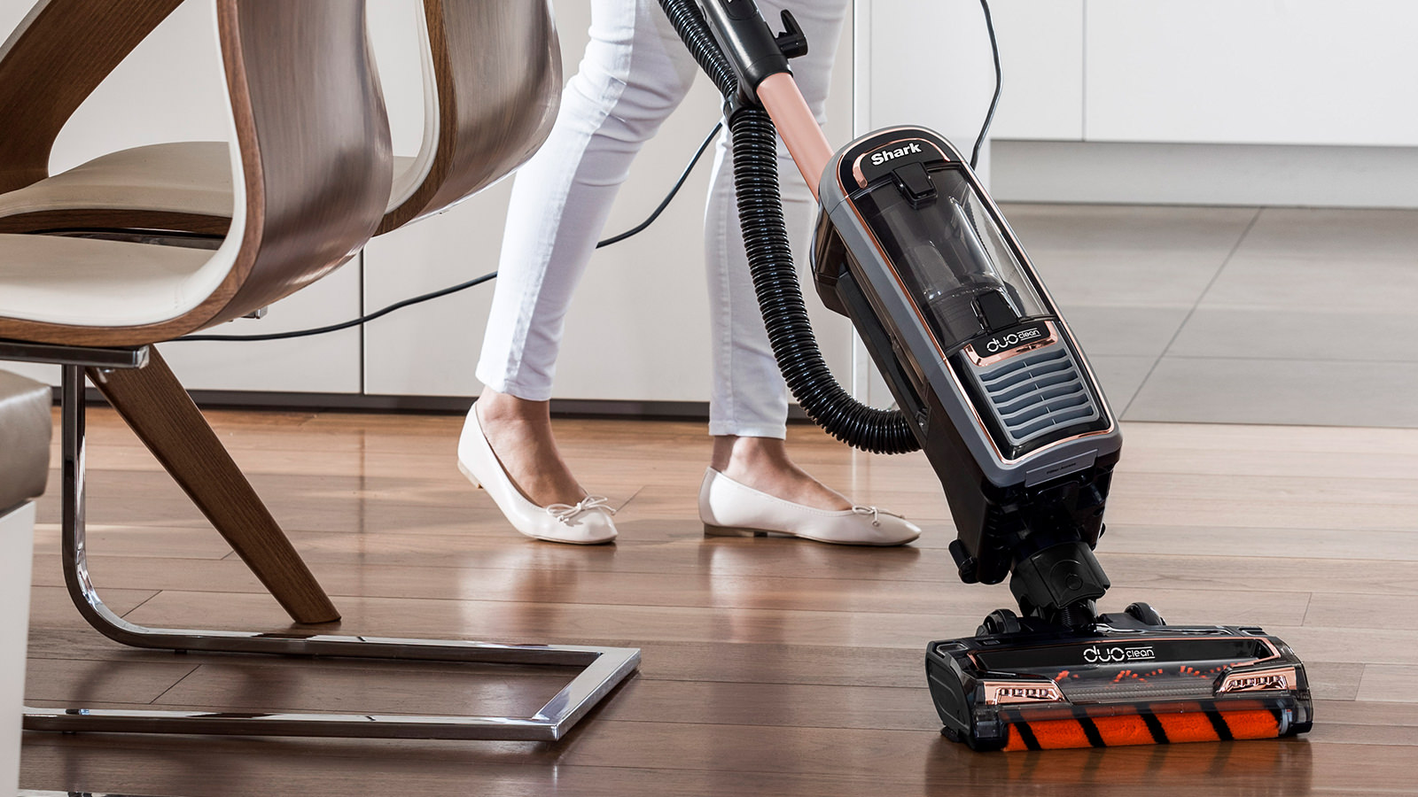Easy to Use Shark DuoClean Upright Vacuum Cleaners with Powered Lift-Away, True Pet Model AX910UKT