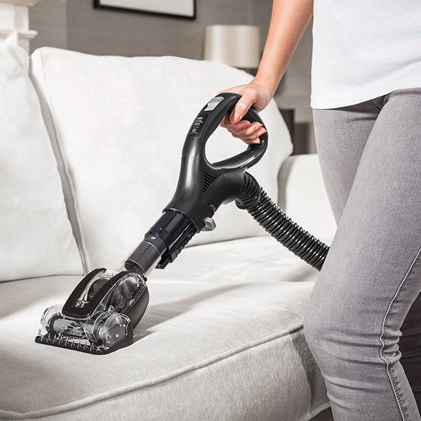 Pet Hair Cleaning with Shark DuoClean Upright Vacuum Cleaners with Powered Lift-Away, True Pet Model AX910UKT