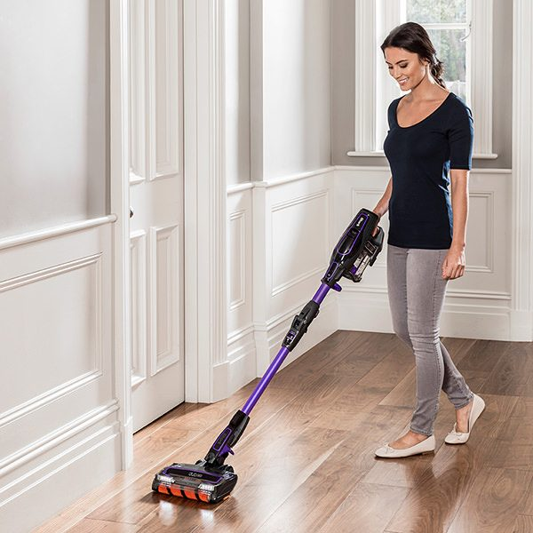 Anti-Allergen Complete Seal Technology on Shark Cordless Vacuum Cleaner IF130UKTH