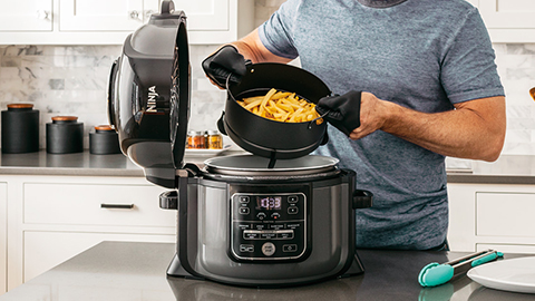 Ninja-Foodi-Multi-Cooker-Low-Fat-Chips-OP300UK