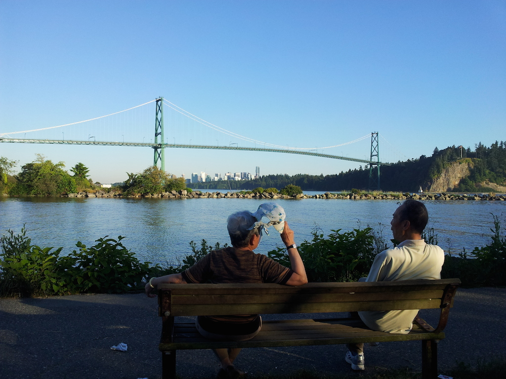 Lions gate bridge - cesta do North Vancouveru / Capilana