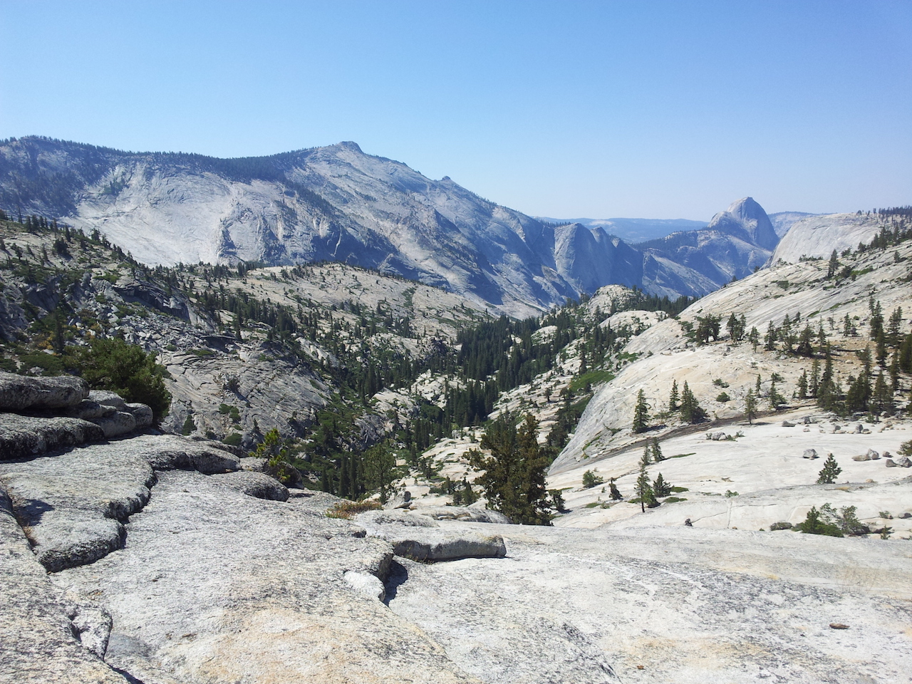 Pohled na Half Dome z Olmsted Point