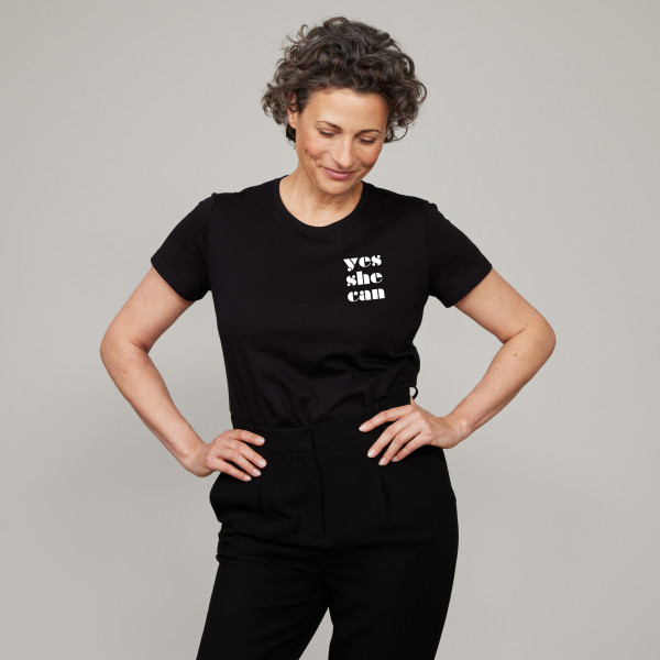 """Special Edition Damen T-Shirt """"Yes She Can"""" schwarz"""