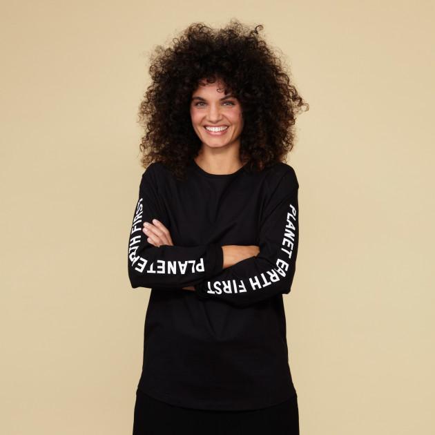 "Langarm Shirt ""Planet Earth First"" schwarz"