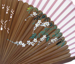 Hand fan with bamboo and silk, handmade gift, flowers