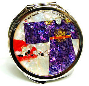 Handbag mirror, portable compact type, mother of pearl gift, oriental Kings gown