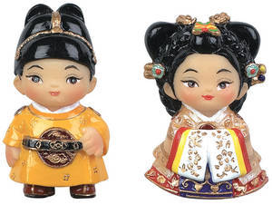 Set of handmade marble oriental doll fridge magnets -King and Queen