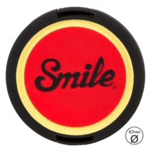 Tapa para objetivo Smile - Pin Up - 67mm | Silver Sanz