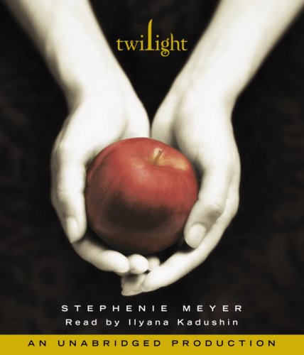 Twilight (The Twilight Saga, Book 1) - Stephenie Meyer