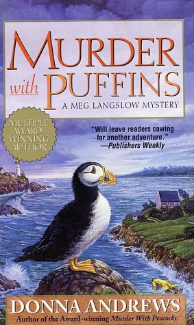 Murder with Puffins (Meg Langslow Mysteries) - Donna Andrews