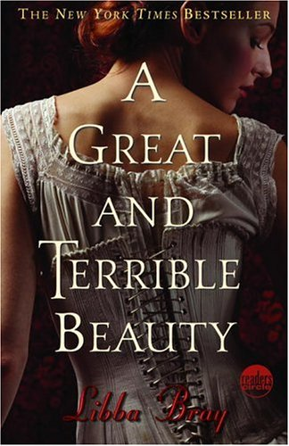A Great and Terrible Beauty (The Gemma Doyle Trilogy) - Libba Bray