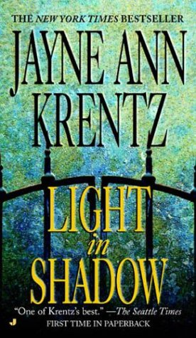 Light in shadow / Jayne Ann Krentz