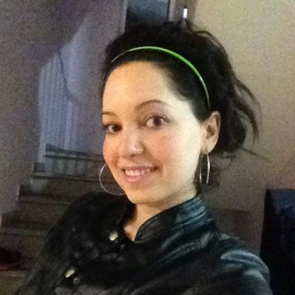 Shay בת 30 מבית שמש