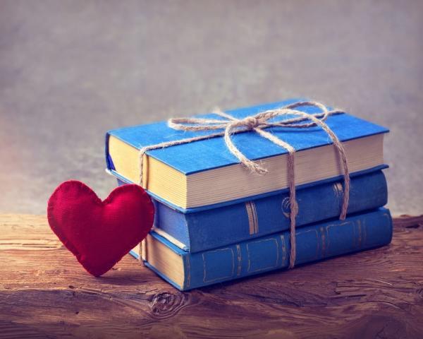 מוכרת ספרים למען מחלת הדושן