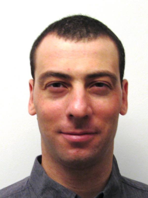אלכס וולפסון בן 38 מערד