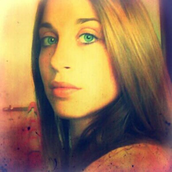 Alice Mudgarden (איריס)