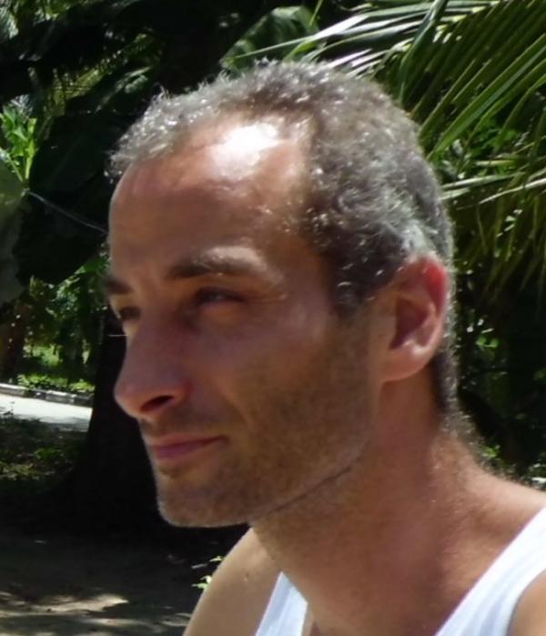 dagim בן 44 מראשון
