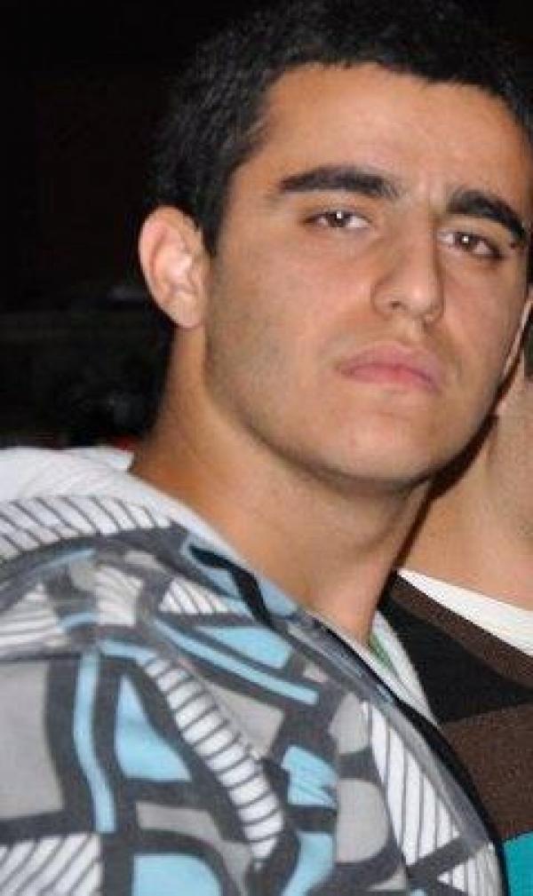 Isah בן 22 מכפר סבא