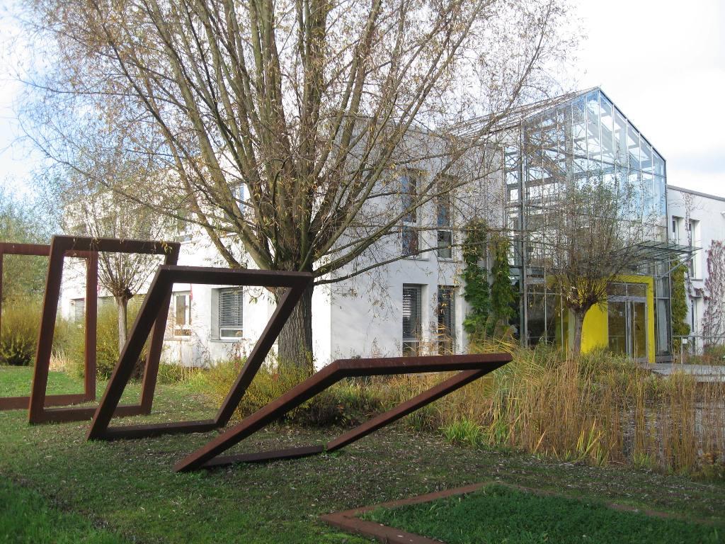 dr k fleckenstein vereidigter sachverst ndiger garten landschaftsbau mannheim besselstra e. Black Bedroom Furniture Sets. Home Design Ideas