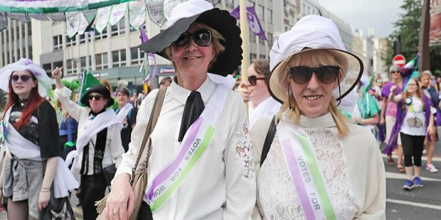 suffragettes-march.jpg