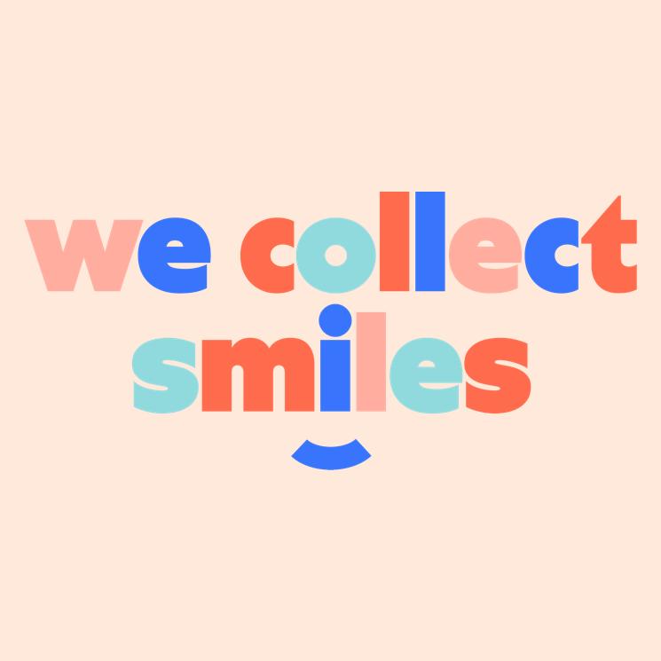 """Slogan Josepho qui est """"We collect smile"""" dans les couleurs de la charte graphique de Josepho."""