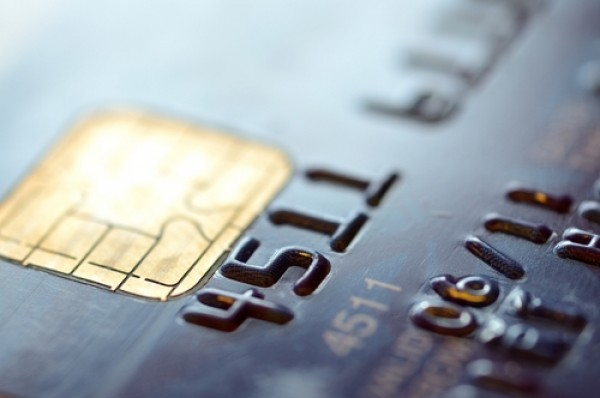 Credit Cards: Pitfalls to avoid and tips to use