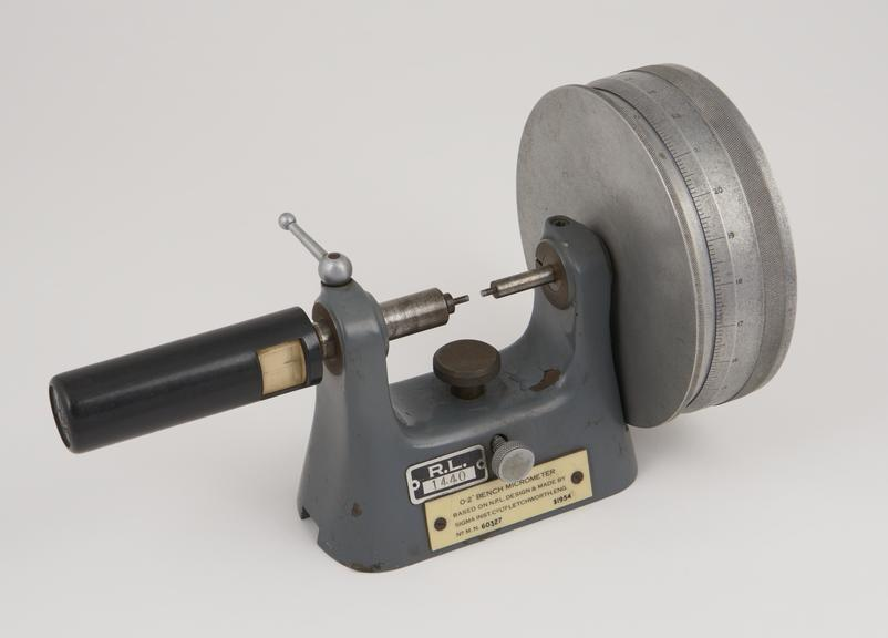 Outstanding 0 2 Bench Micrometer Science Museum Group Collection Camellatalisay Diy Chair Ideas Camellatalisaycom