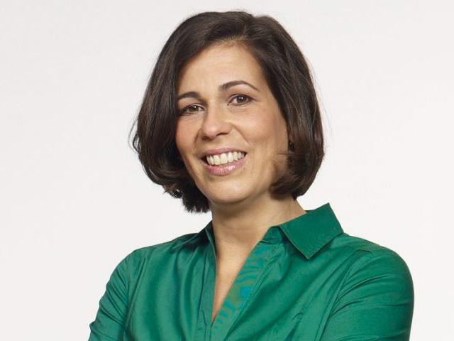 Marisa Saenz, STRATO