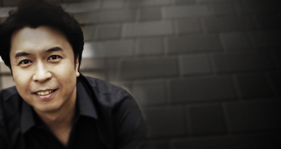 Makoto Ozone - Mozart's 9th Piano Concerto & Rhapsody In Blue