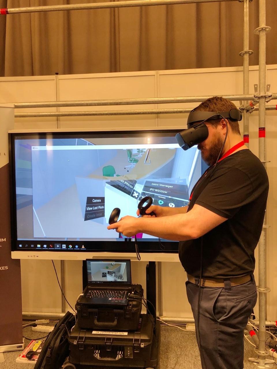 Demonstrasjon av VR under årets Bygg Reis Deg
