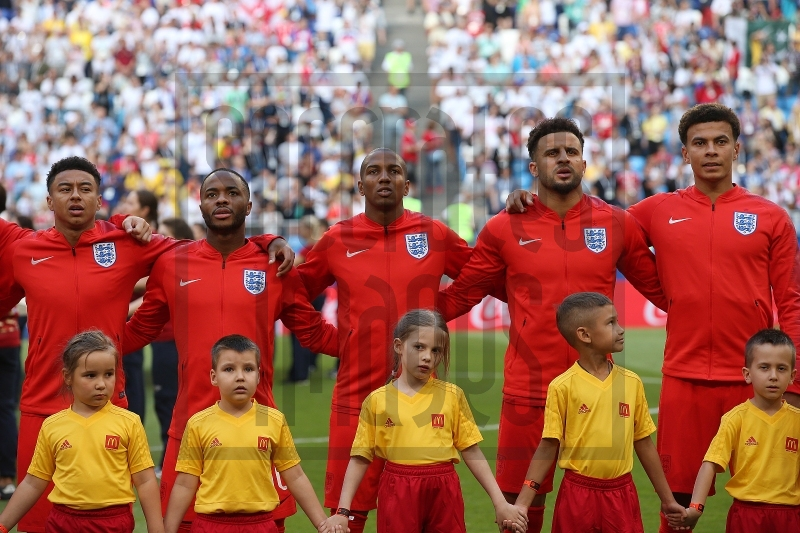 ¿Cuánto mide Kyle Walker? - Real height 20180709FILSWEDENENGLAND323