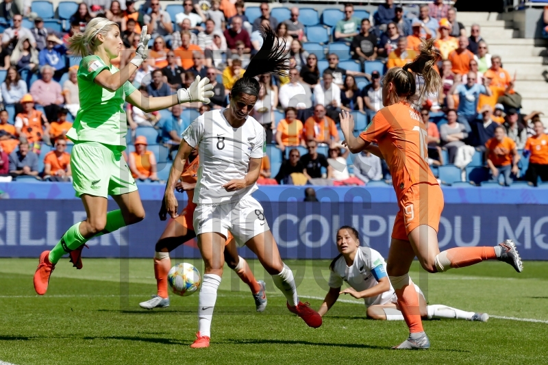 Soccrates Images - Jill Roord of Holland Women scores 1-0