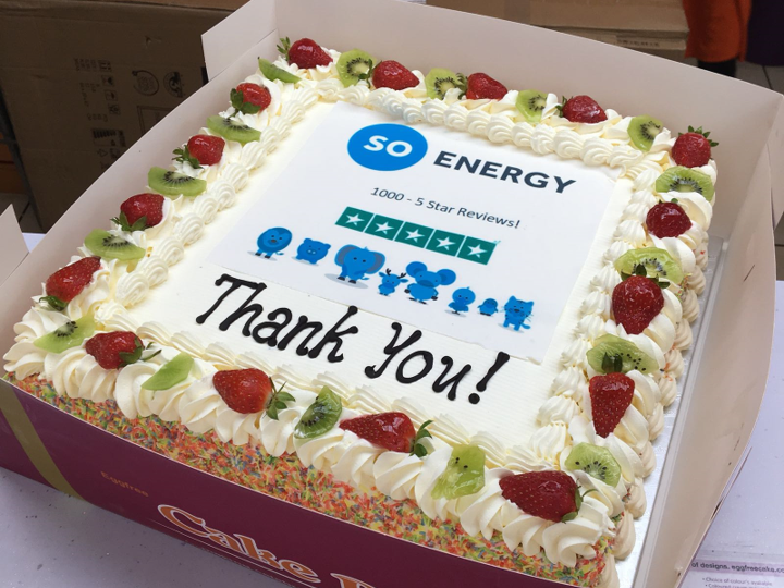 Soenergy trustpilot 1000milestone cake