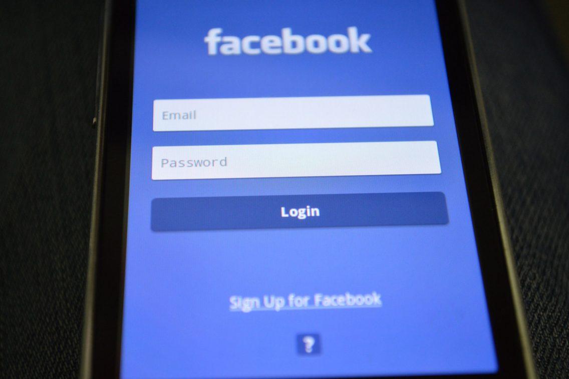 il lato oscuro di facebook