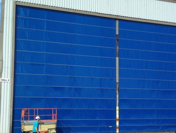 Vi leverer dukporter til industribygg.