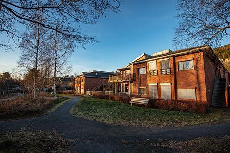 Råkhaugen Omsorgsenter, Molde