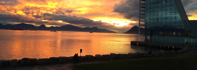 Kveld over elektro Romsdal