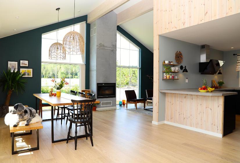 Stue og kjøkken.Foto.