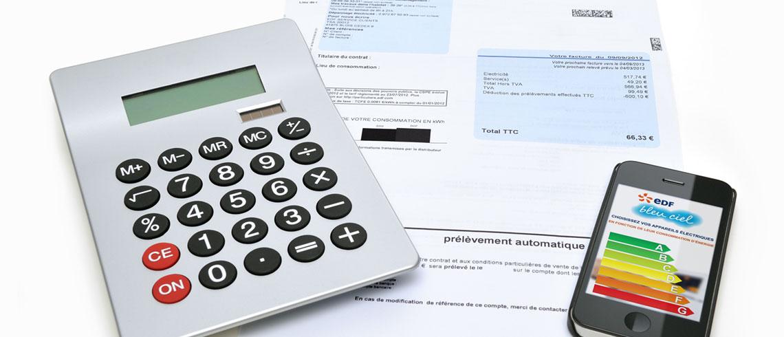 Kalkulator og smarttelefon med skala for energimerking