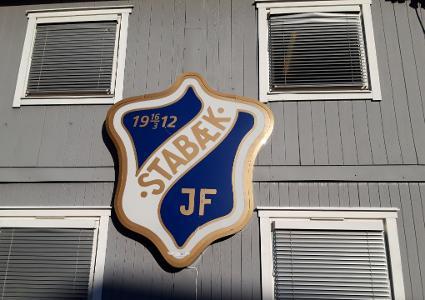 ØTI + STABÆK = SANT.