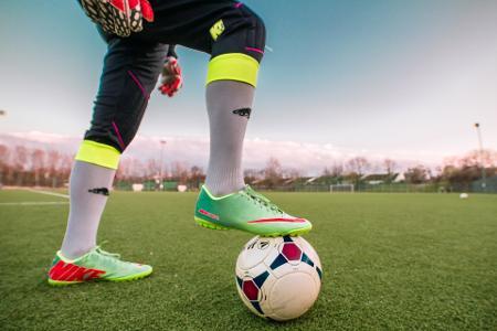 football-1274662_1920.jpg