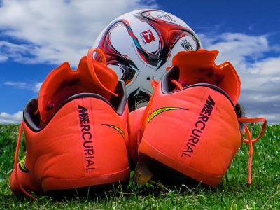 ball-football-football-boots-35781.jpg