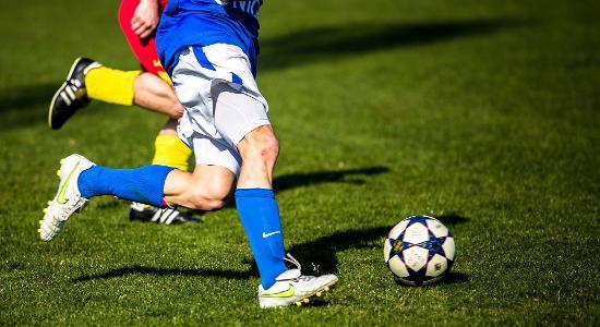 football-1331838_1920.jpg